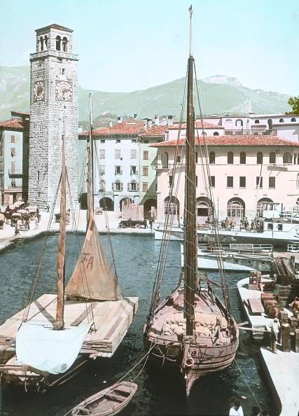 20世紀「Riva At Gardasee. Italy. Around 1914. Handcolored Lantern Slide.」:写真・画像(19)[壁紙.com]