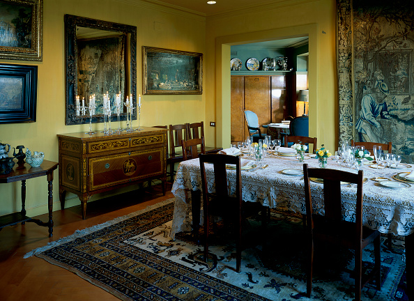 Domestic Room「View of well laid dining table」:写真・画像(18)[壁紙.com]