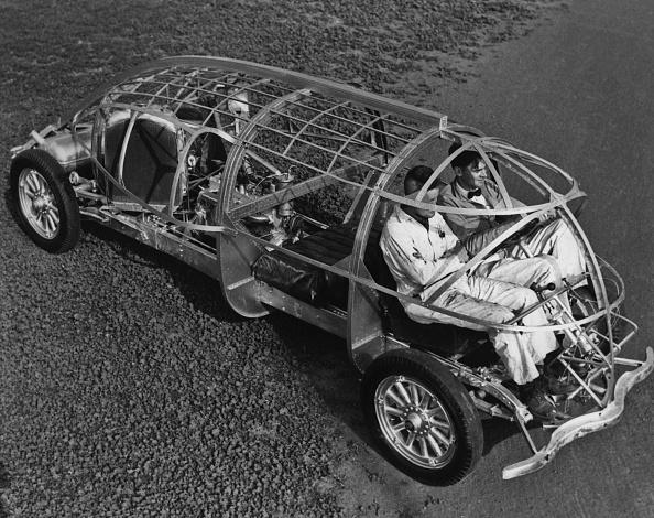 乗り物・交通「A Test Drive」:写真・画像(13)[壁紙.com]
