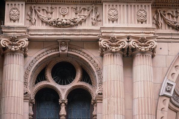 2002「Detail of Harrods facade. Knightsbridge, London, United Kingdom.」:写真・画像(3)[壁紙.com]
