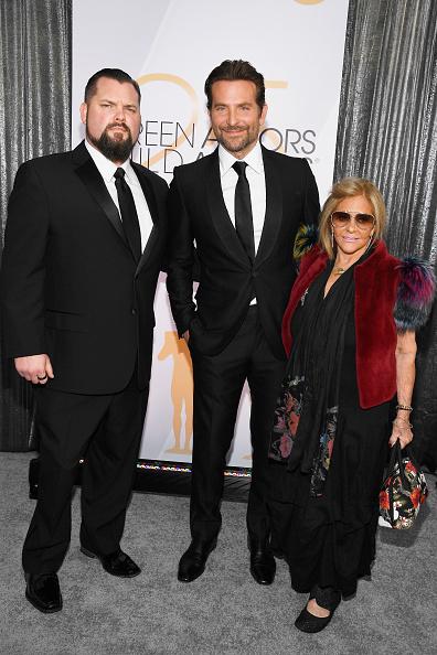 Shrine「25th Annual Screen ActorsGuild Awards - Red Carpet」:写真・画像(10)[壁紙.com]