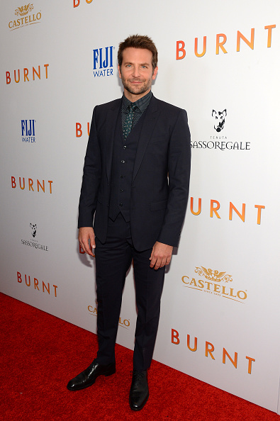 全身「The New York Premiere Of BURNT, Presented By The Weinstein Company, Sassoregale Wine, Castello Cheese And FIJI Water」:写真・画像(5)[壁紙.com]