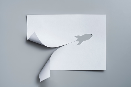 Art「Rocket cut out from a sheet of paper」:スマホ壁紙(5)