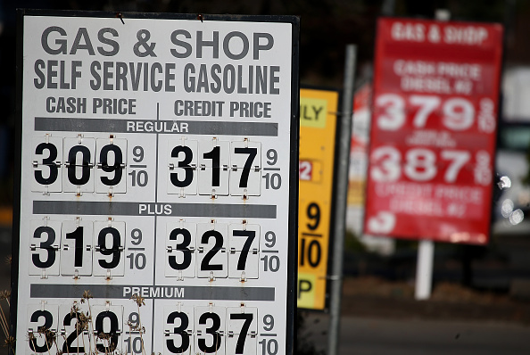 San Anselmo「Gas Prices Drop To Lowest Level In Nearly Four Years」:写真・画像(15)[壁紙.com]