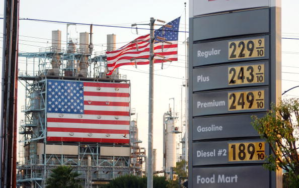 Chemical「Gas Remains Expensive In Spite Of Drop In Crude Prices」:写真・画像(7)[壁紙.com]