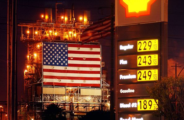 Chemical「Gas Remains Expensive In Spite Of Drop In Crude Prices」:写真・画像(8)[壁紙.com]