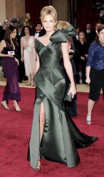 Ornate「78th Annual Academy Awards - Arrivals」:写真・画像(19)[壁紙.com]