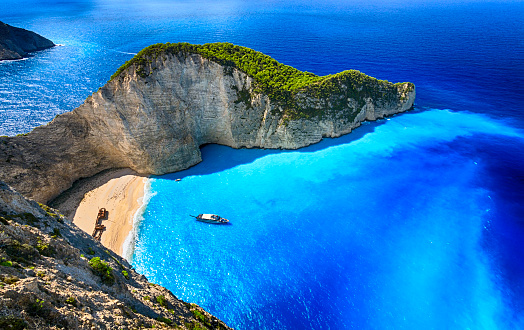 Turquoise Colored「Navagio Beach (Shipwreck Beach), Zakynthos island, Greece. ProPhoto RGB.」:スマホ壁紙(9)