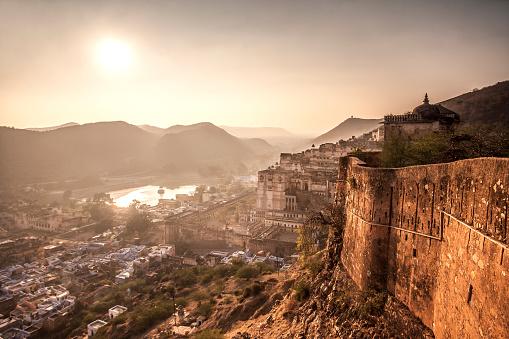 Fortified Wall「Bundi, Rajasthan, India.」:スマホ壁紙(10)