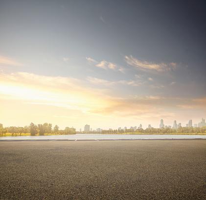 Urban Skyline「Lake parking lot」:スマホ壁紙(8)