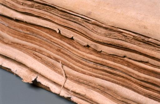 Manuscript「Tattered pages」:スマホ壁紙(19)