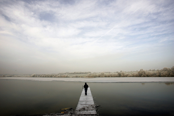 One Person「Cold Snap Sweeps Across England」:写真・画像(0)[壁紙.com]