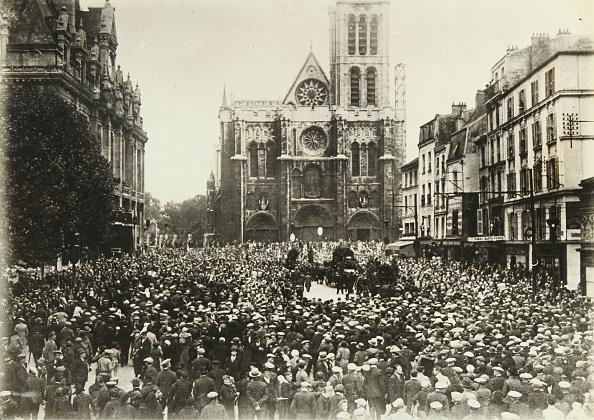 Cathedral「Burial Of The Composer Pierre Degeyter」:写真・画像(15)[壁紙.com]
