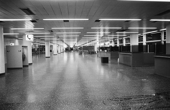 Blank「Gatwick Airport」:写真・画像(2)[壁紙.com]