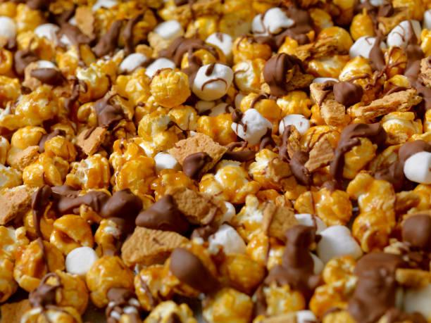 Smores Caramel Popcorn:スマホ壁紙(壁紙.com)