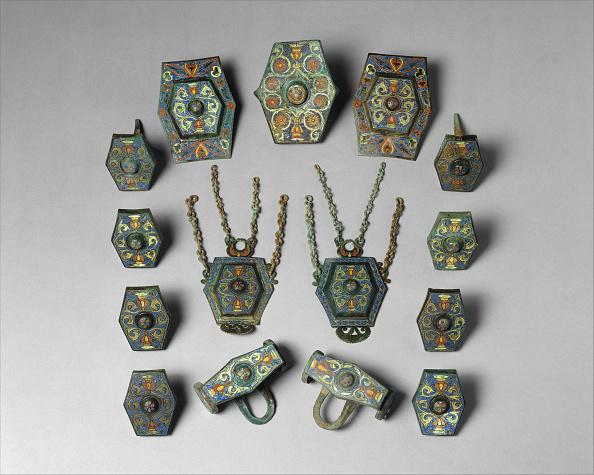 Alloy「Harness Ornaments」:写真・画像(7)[壁紙.com]