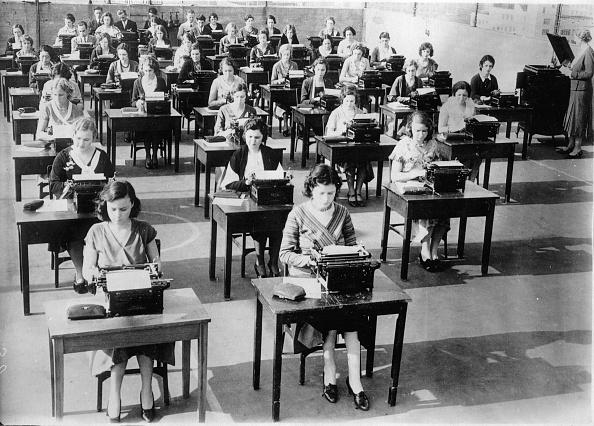 Classroom「Typewriting instruction in the Southwestern University, Georgetown, Photograph, 26,11,1931」:写真・画像(7)[壁紙.com]