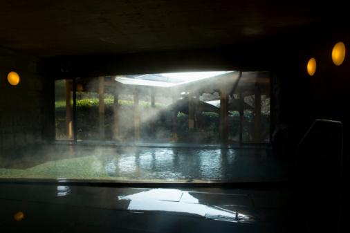 温泉「Japanese common tub, hot spring, Japan」:スマホ壁紙(5)