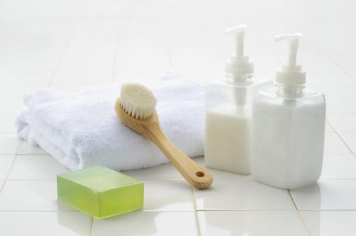 Tiled Floor「soap and the bath goods」:スマホ壁紙(16)