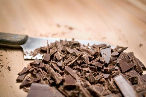 チョコレート「Chopped chocolate」:スマホ壁紙(10)
