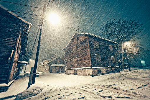 吹雪「ヘビーの降雪」:スマホ壁紙(1)