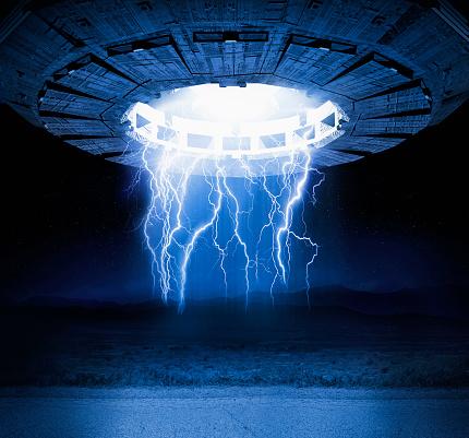 UFO「Illustration of lightning bolts and spaceship」:スマホ壁紙(18)