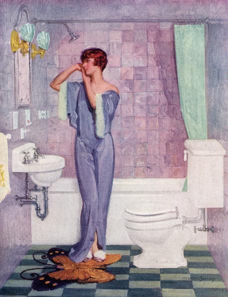 Rug「Woman In Art Deco Bathroom」:写真・画像(19)[壁紙.com]