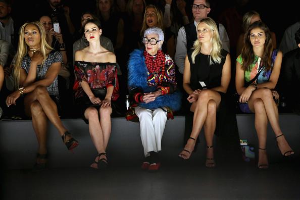 ニューヨークファッションウィーク「Desigual - Front Row - Spring 2016 New York Fashion Week: The Shows」:写真・画像(2)[壁紙.com]