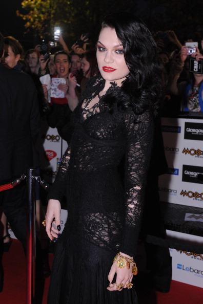 Three Quarter Length「MOBO Awards 2011 - Outside Arrivals」:写真・画像(8)[壁紙.com]