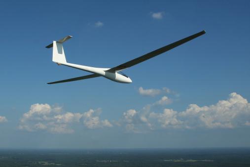 Glider「A single seaterÊRolladen-Schneider LS4 glider soars over Herrljunga, Sweden.」:スマホ壁紙(11)