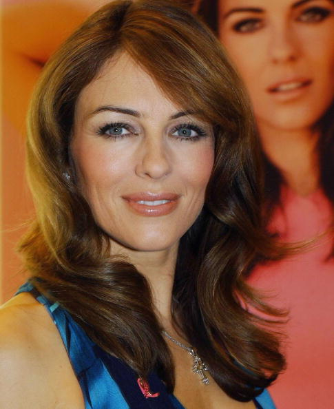 Breast「Elizabeth Hurley Launches Breast Cancer Awareness Month In Dublin」:写真・画像(17)[壁紙.com]