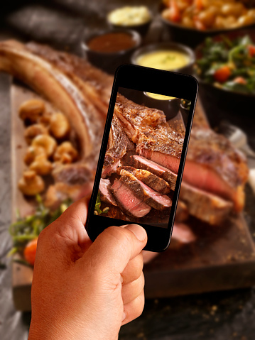 Auto Post Production Filter「Mobile Photography of The Tomahawk Steak」:スマホ壁紙(11)