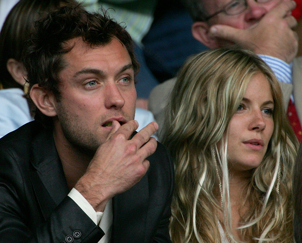 Clive Brunskill「Celebrities At Wimbledon 2004」:写真・画像(5)[壁紙.com]