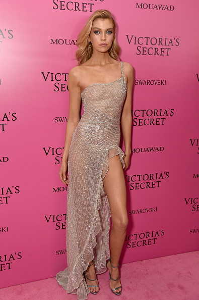 Silver Colored「2017 Victoria's Secret Fashion Show In Shanghai - After Party」:写真・画像(9)[壁紙.com]