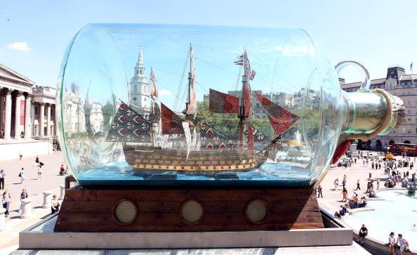 Trafalgar Square「Yinka Shonibare's Fourth Plinth Ship Is Unveiled」:写真・画像(11)[壁紙.com]