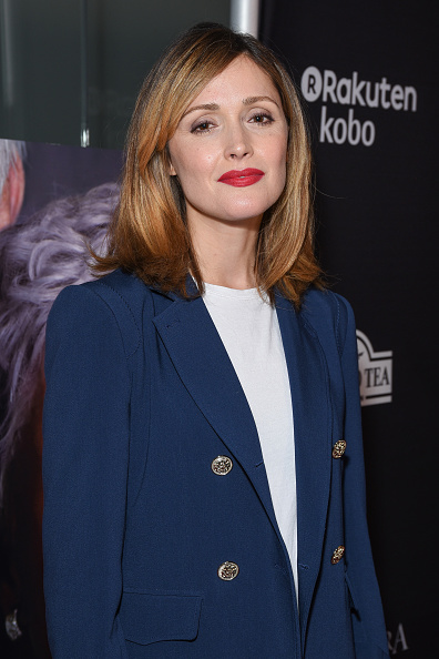 """Rose Byrne「Sony Pictures Classics' Los Angeles Premiere Of """"The Wife"""" - Red Carpet」:写真・画像(7)[壁紙.com]"""