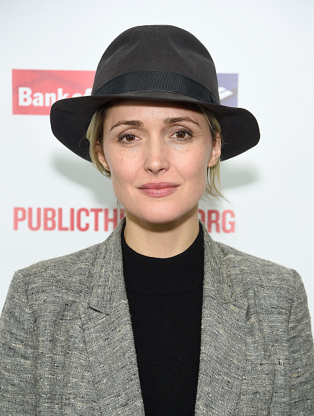 "Rose Byrne「""Mother Of The Maid"" Opening Night Celebration」:写真・画像(17)[壁紙.com]"