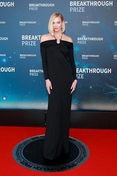Karlie Kloss「8th Annual Breakthrough Prize Ceremony - Arrivals」:写真・画像(15)[壁紙.com]