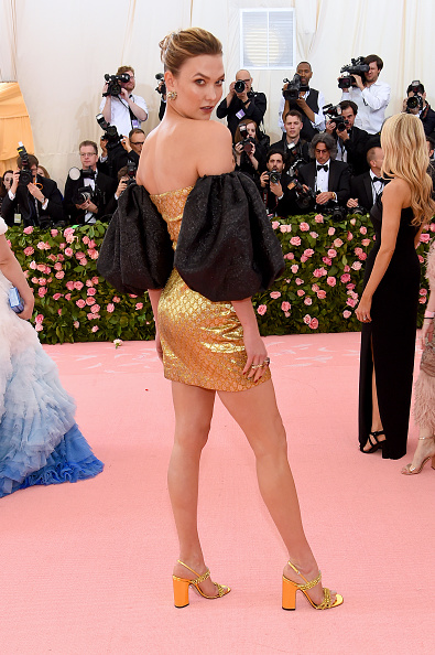 Karlie Kloss「The 2019 Met Gala Celebrating Camp: Notes on Fashion - Arrivals」:写真・画像(5)[壁紙.com]