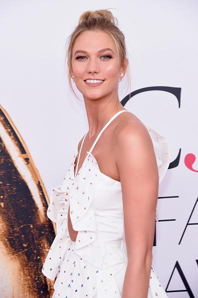 Karlie Kloss「2016 CFDA Fashion Awards - Arrivals」:写真・画像(14)[壁紙.com]