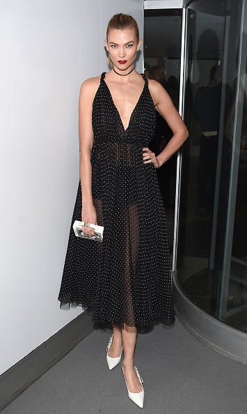 Karlie Kloss「2016 Guggenheim International Gala Made Possible By Dior」:写真・画像(13)[壁紙.com]