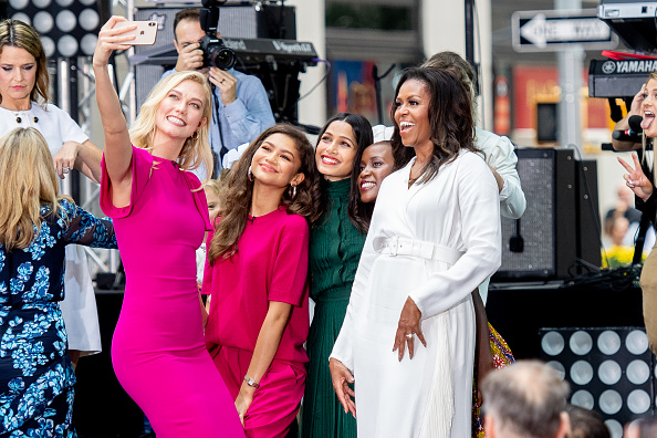 "Karlie Kloss「Michelle Obama Celebrates International Day Of The Girl On NBC's ""Today""」:写真・画像(15)[壁紙.com]"