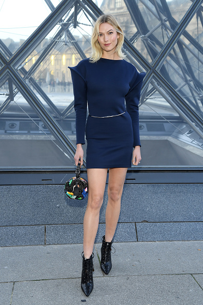 Blue「Louis Vuitton : Photocall - Paris Fashion Week Womenswear Fall/Winter 2019/2020」:写真・画像(5)[壁紙.com]
