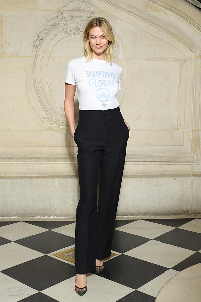 Karlie Kloss「Christian Dior : Photocall - Paris Fashion Week Womenswear Fall/Winter 2019/2020」:写真・画像(7)[壁紙.com]