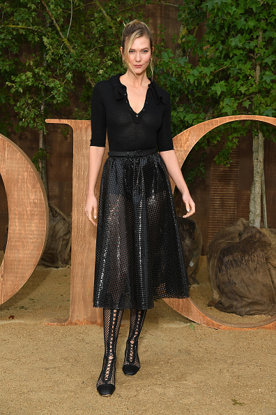 Womenswear「Christian Dior : Photocall -  Paris Fashion Week - Womenswear Spring Summer 2020」:写真・画像(2)[壁紙.com]