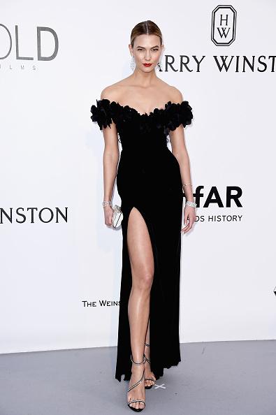 Karlie Kloss「amfAR's 23rd Cinema Against AIDS Gala - Arrivals」:写真・画像(4)[壁紙.com]