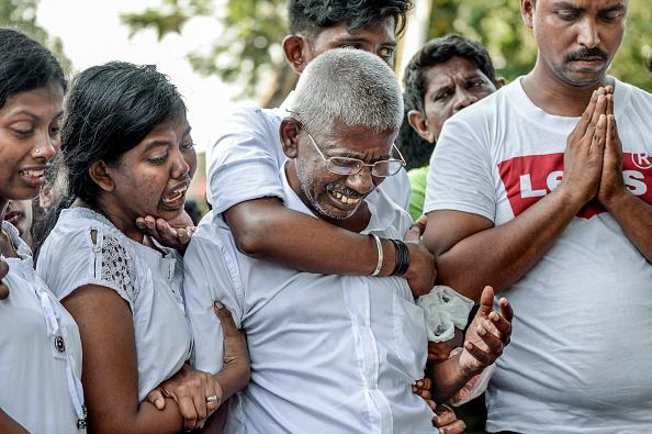 Atul Loke「Sri Lanka Mourns Victims of Easter Sunday Bombings」:写真・画像(4)[壁紙.com]