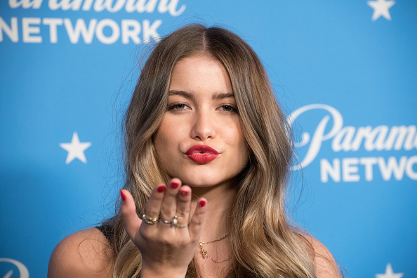 Sofia Reyes - Singer「Paramount Network Launch Party - Arrivals」:写真・画像(13)[壁紙.com]