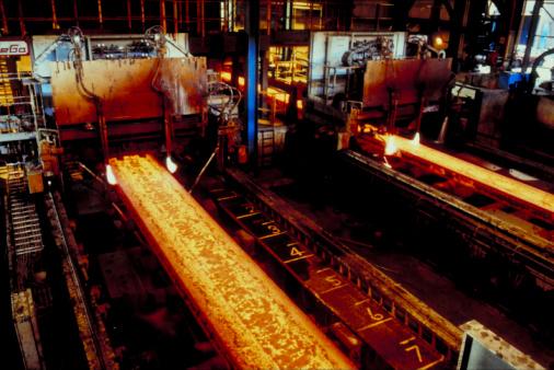 Blacksmith Shop「Red hot molten in a warehouse in England」:スマホ壁紙(7)
