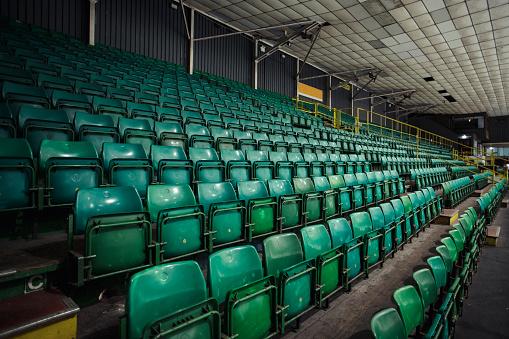 ������「Empty Rows of Seats in an Ice Rink」:スマホ壁紙(6)